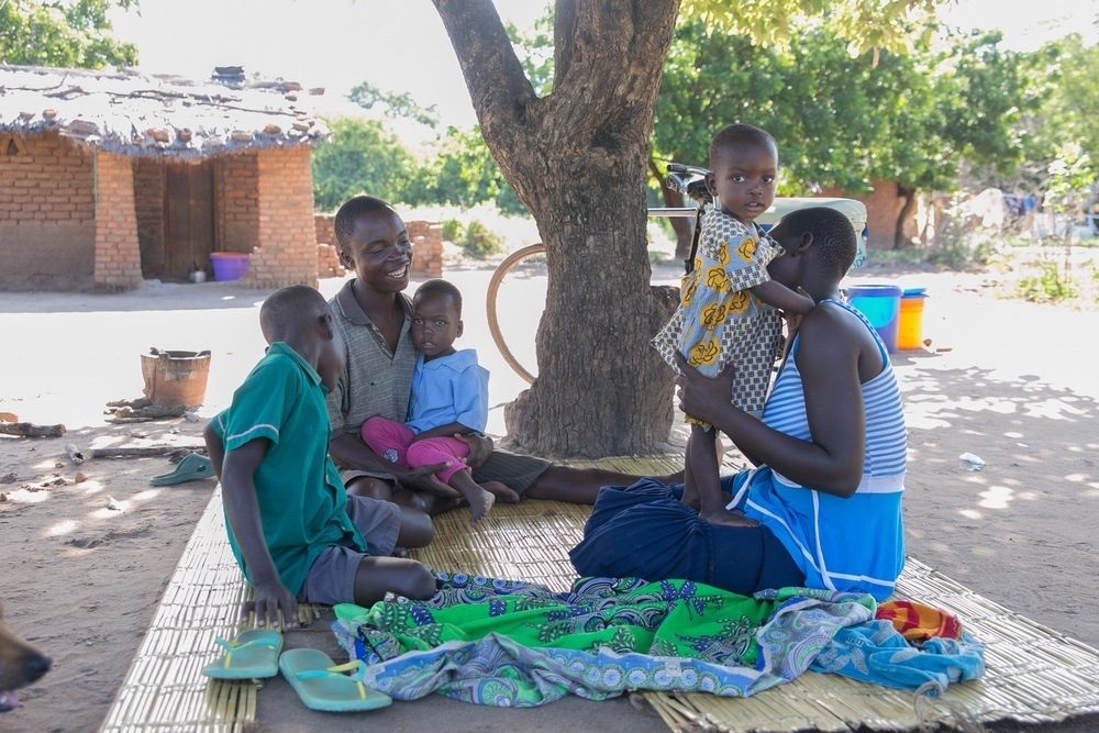 Shanu and his family in Mulukwa - All We Can/Amaru Photography